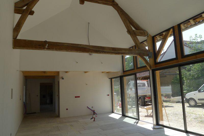 Rénovation intérieure de la grange d'une ancienne ferme à Dijon - Vincent Athias Architecte