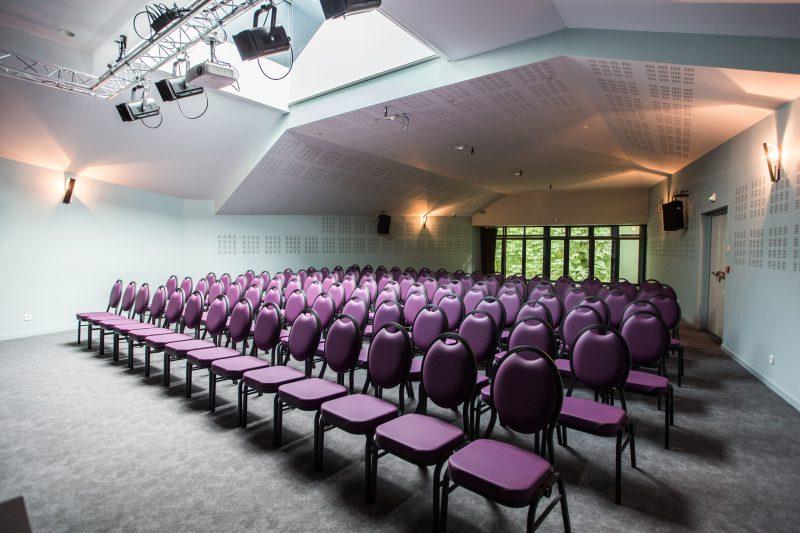 Création d'une salle de spectacle Le Crusoé à Dijon - Athias Architecte