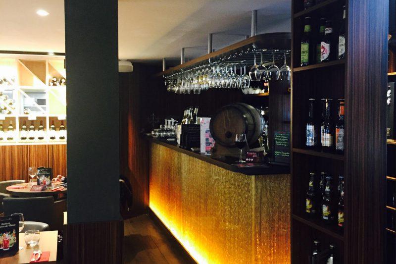 Bar du restaurant Brochettes & Cie à Dijon - Athias Architecte